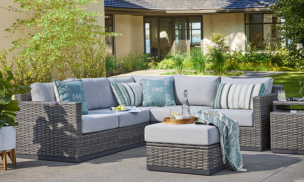 Patio furniture how to