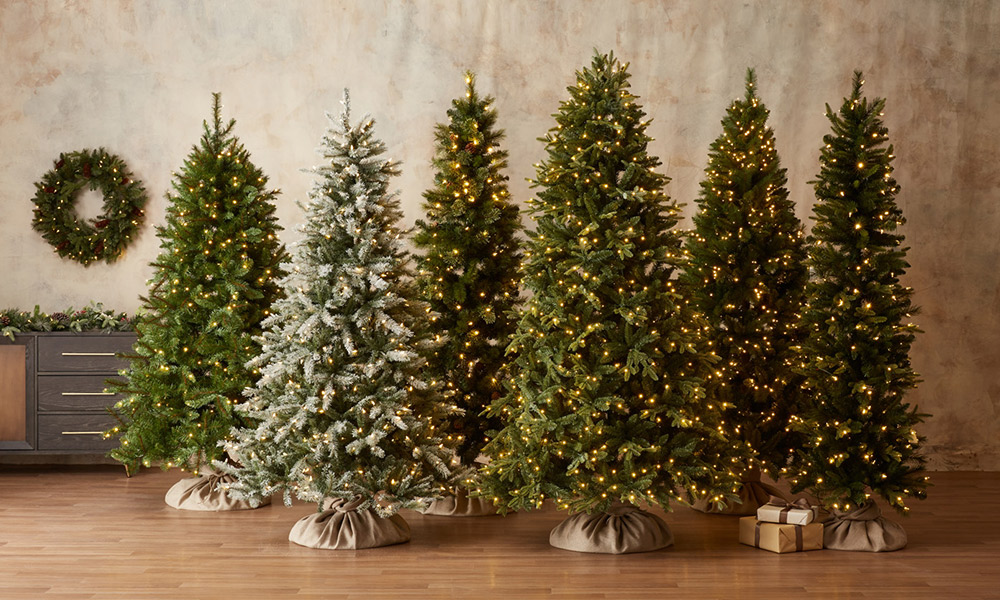 How To Decorate Your Tree For The Holidays
