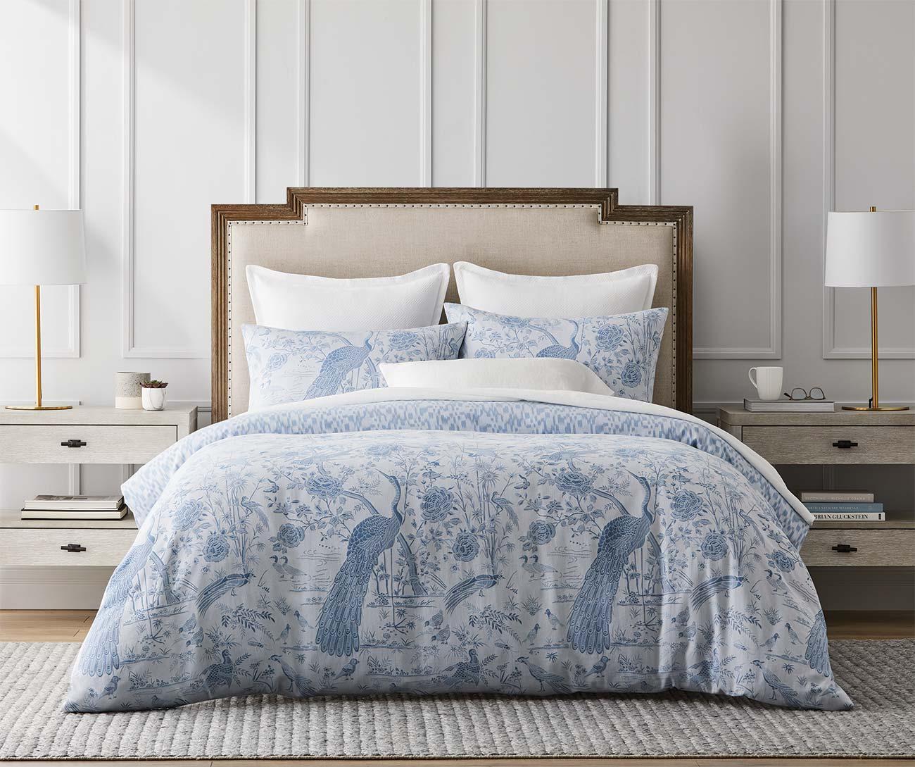 GlucksteinHome | A striking pattern in a fresh blue palette makes a luxuriously restful retreat