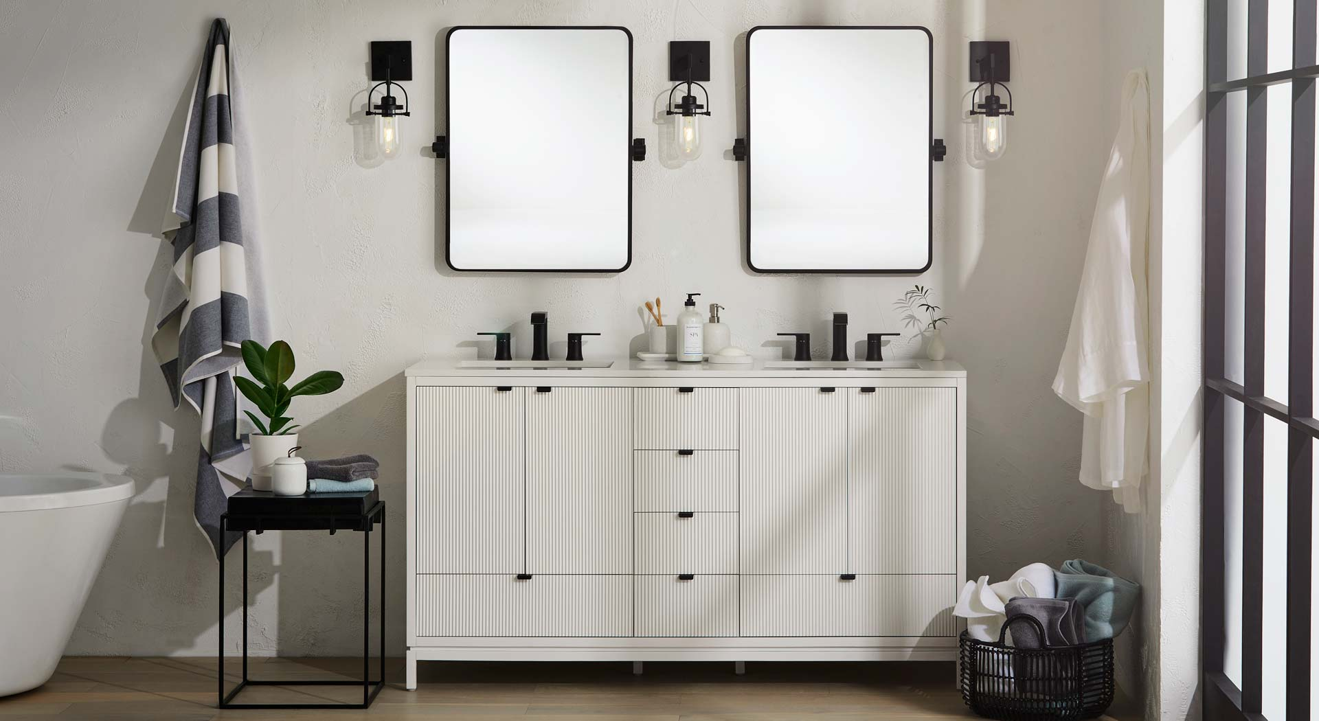 GlucksteinElements Bathroom Vanities