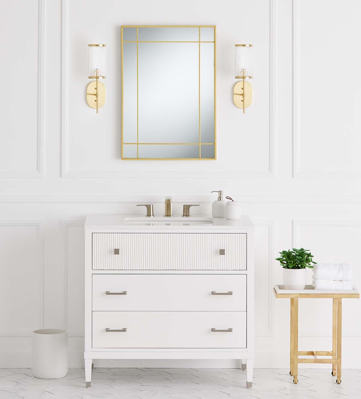 GlucksteinElements | Bathroom mirrors and lighting